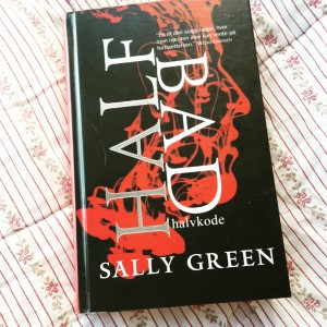 Half bad - halvkode af Sally Green