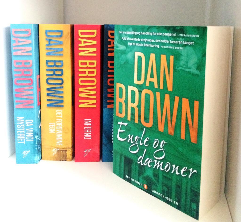 Bøger i serien om Robert Langdon af Dan Brown