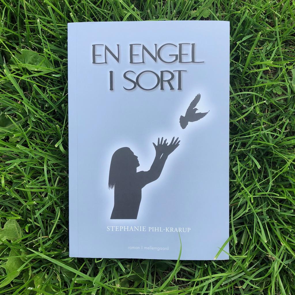 En engel i sort af Stephanie Pihl-Krarup