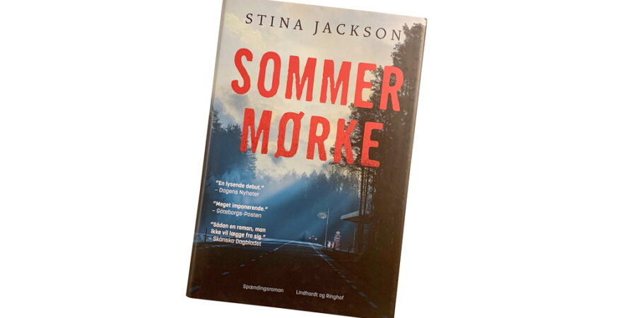 Sommermørke af Stina Jackson