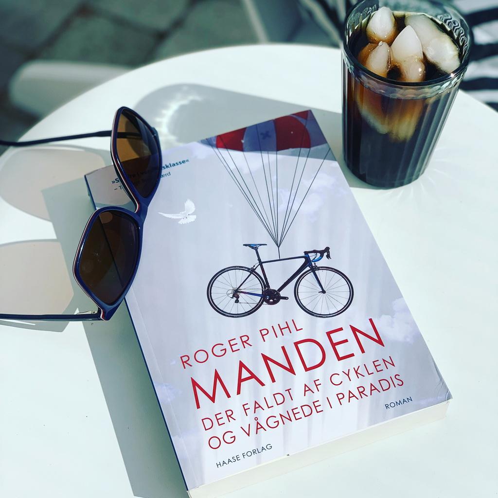 Billede af: Manden der faldt af cyklen og vågnede i paradis af Roger Pihl