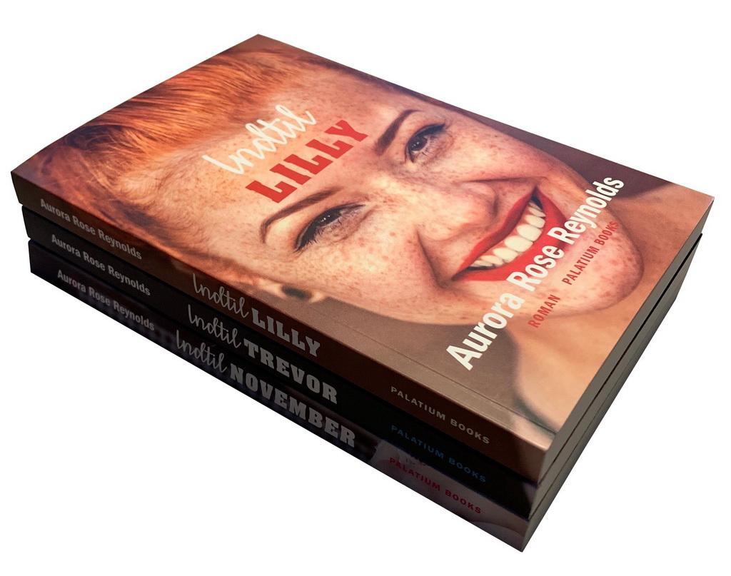 Billede af: De tre første bind i Indtil-serien af Aurora Rose Reynolds.