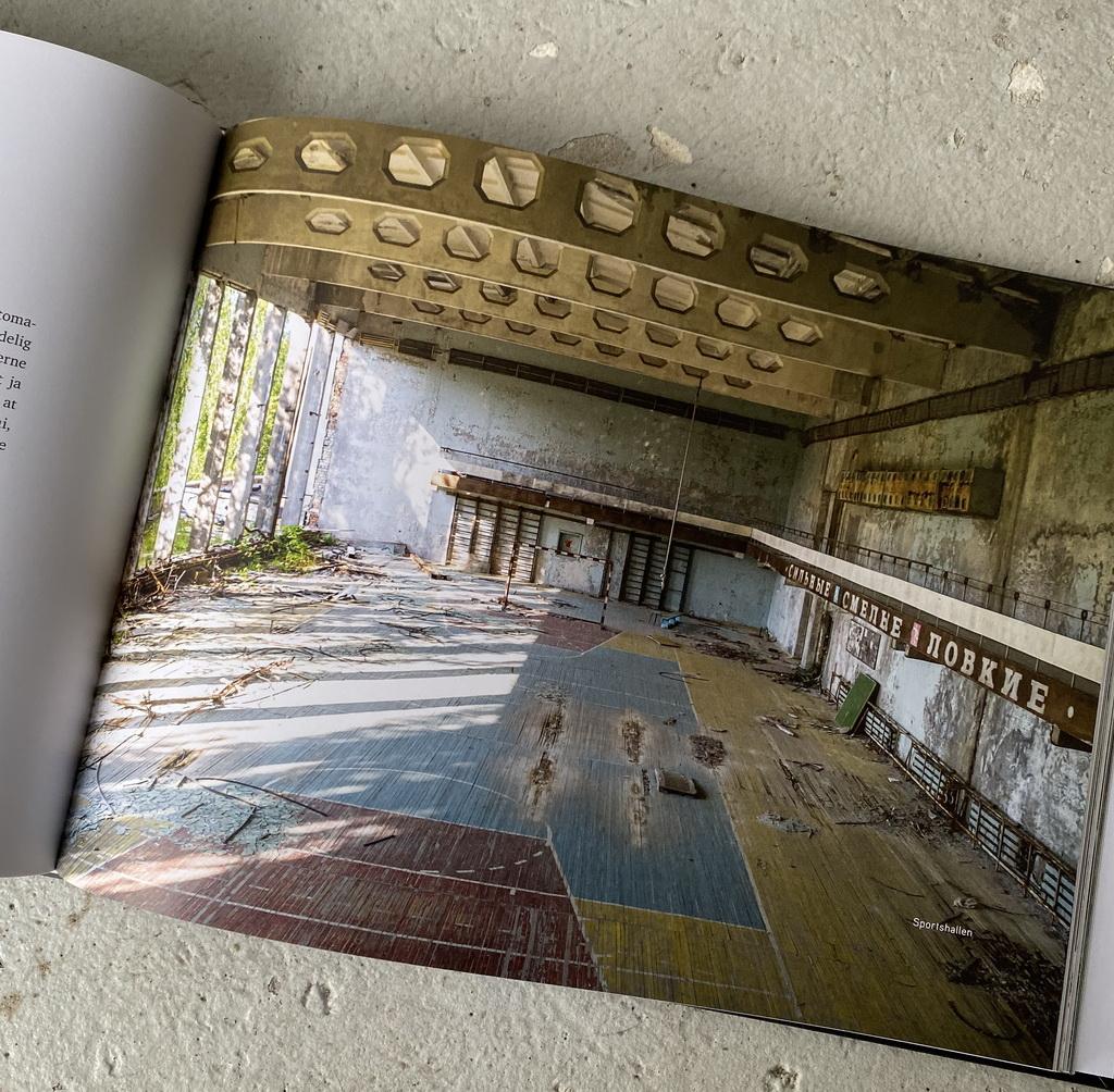 Billede af: Opslag i Tjernobyl af Peter Suppli Benson