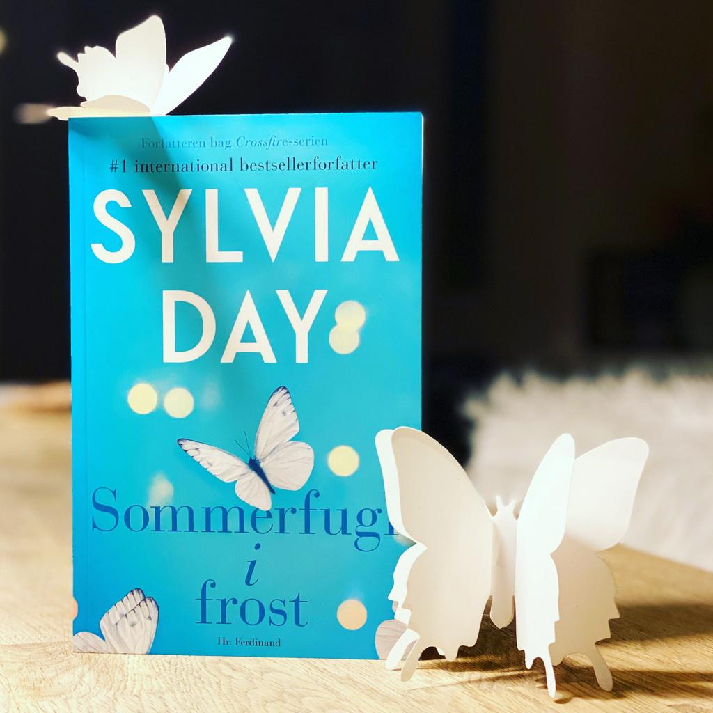 Billede af: Sommerfugl i frost af Sylvia Day