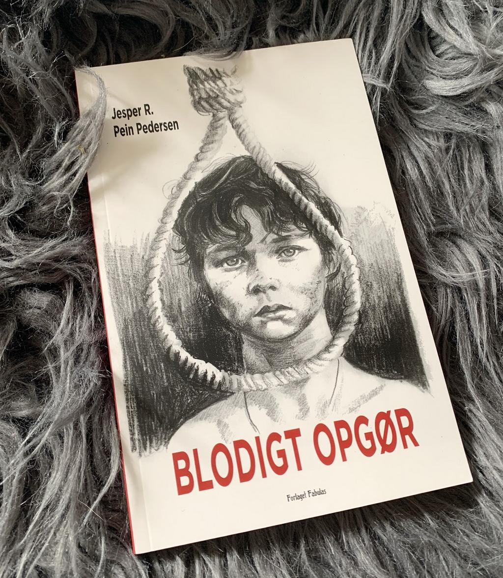 Billede af: Blodigt opgør af Jesper R. Pein Pedersen
